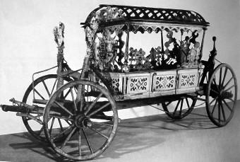Dieser Prunkwagen wurde zur 2. Hochzeit Johann Casimirs mit Margarethe von Braunschweig benutzt