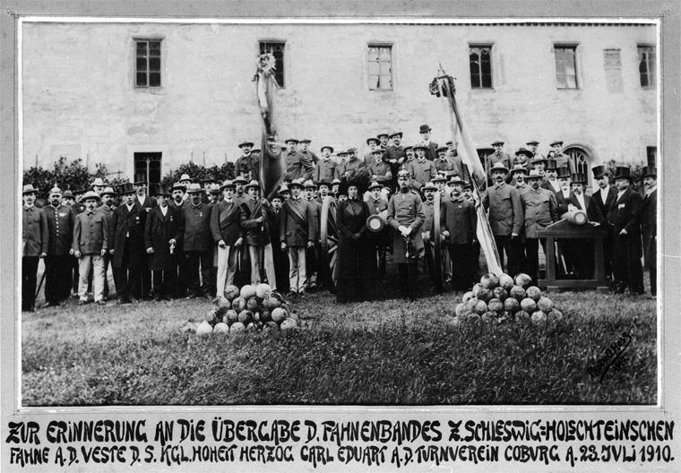 Die Geschichte der Schleswig-Holsteinischen Fahne