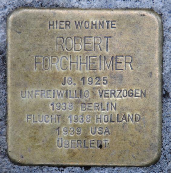 Stolperstein für Robert Forchheimer, Bahnhofstraße 28