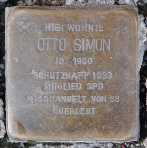 Stolperstein für Otto Simon, Markt 9