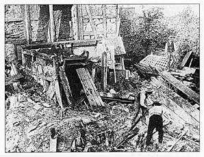13 Tote bei einer Gasexplosion im Haus Mauer 10