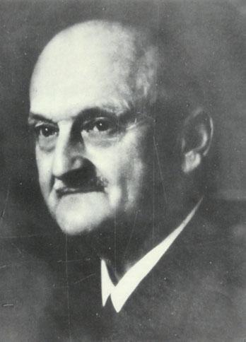 Portrait von Dr. Ernst Fritsch